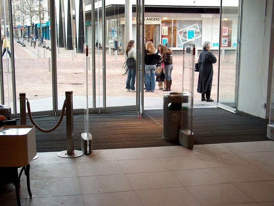 Entreemat installatie retail