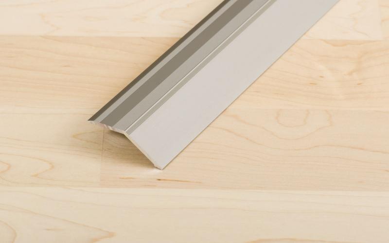 Proline Profinish Compensatieprofiel 14 mm Staal Zelfklevend