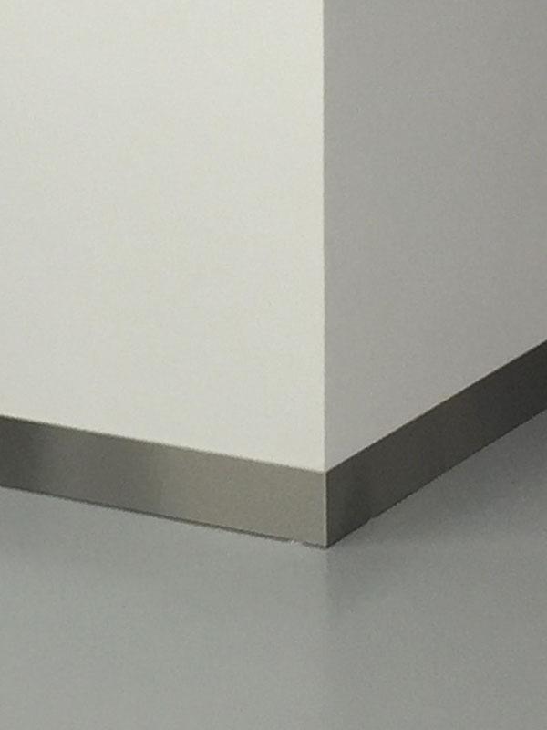 Metalen Plinten Subheader